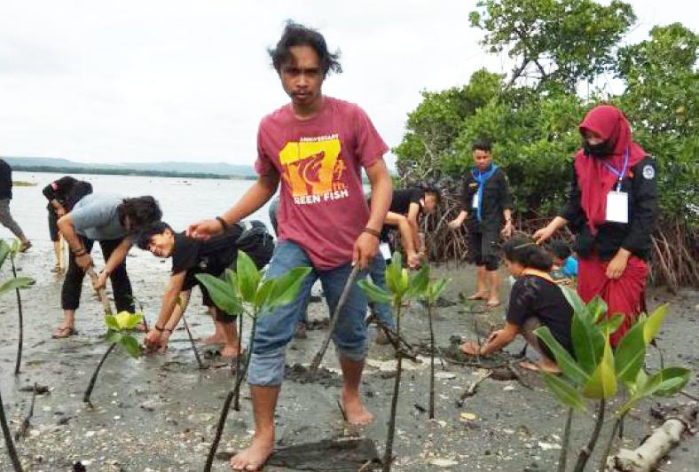 「インドネシア・スラウェシ島 エビ養殖業改善プロジェクト(AIP)」